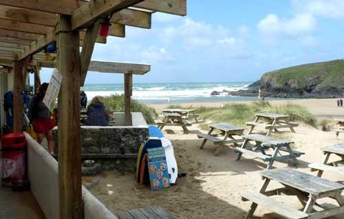 touring cornwall campervan - Poldhu beach cafe
