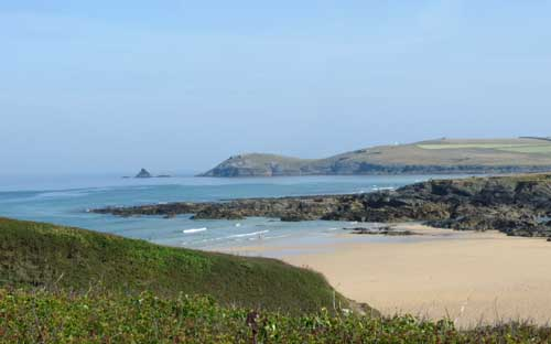 touring cornwall in a campervan - treyarnon bay